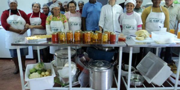 cozinha-comunitaria-de-palmital-dos-pretos